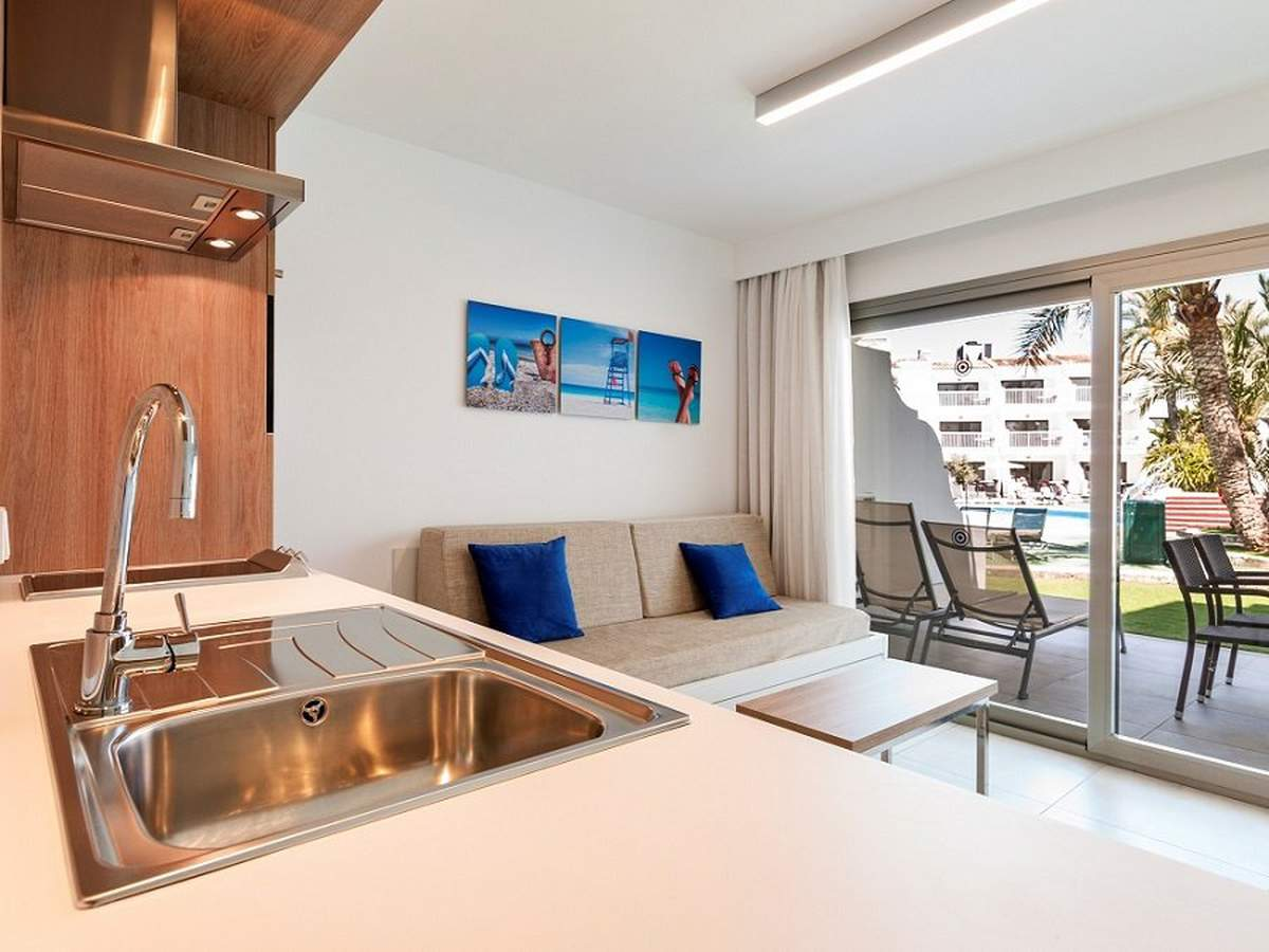 Premium apartment - ground floor ca's saboners beach aparthotel palmanova