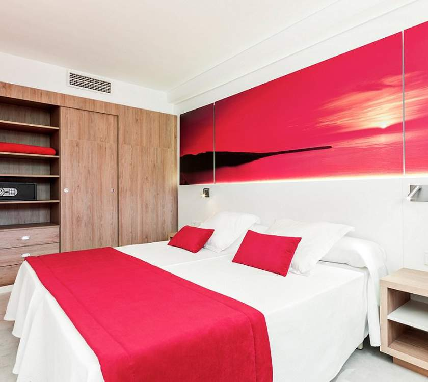 Room superior apartment ca's saboners beach aparthotel palmanova