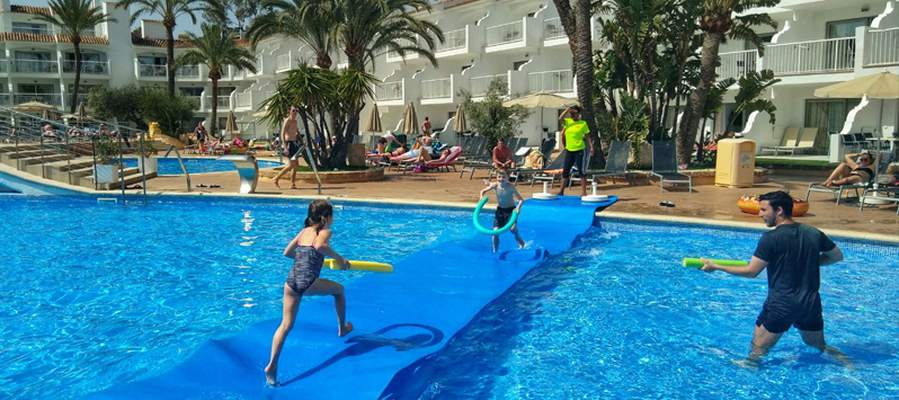 Children friendly Ca Saboners Ca's Saboners Beach Aparthotel Palmanova